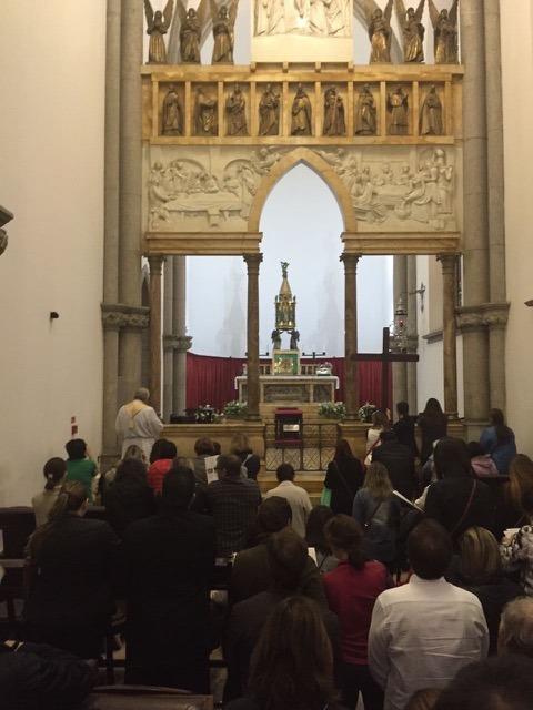 """Peregrinação à Porta Santa - Grupo de Oração """"Cristo Redentor"""""""