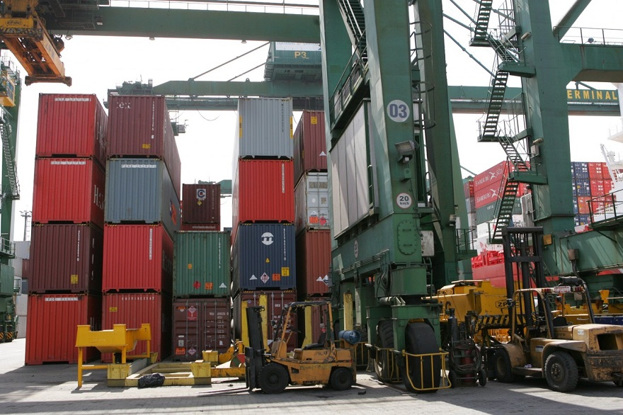 Setembro tem recuperação de preços e queda menor de importações
