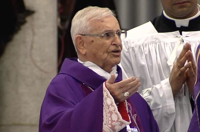 Rezemos pelo Cardeal Arns: agrava-se estado de saúde