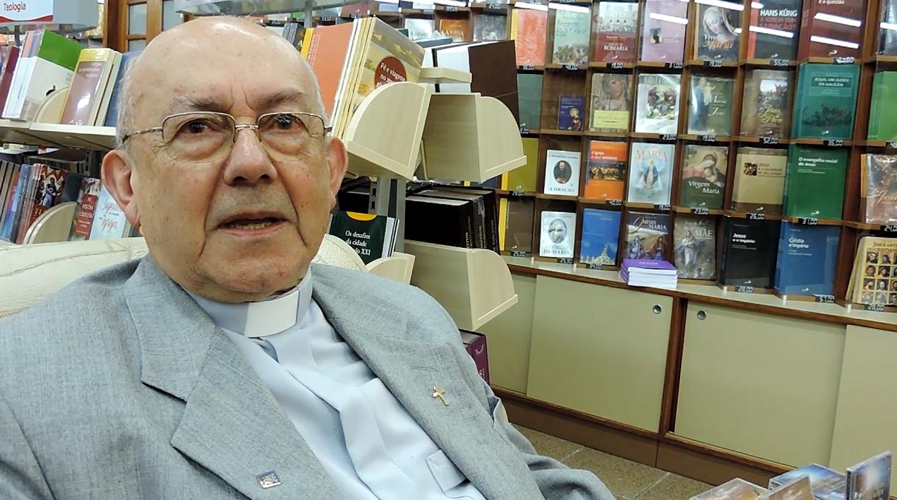 Falece padre Ney Brasil Pereira