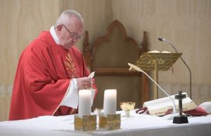 Papa: abandonar vida dupla, o escândalo destrói