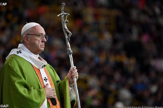 Papa: arrependimento, chave para superar hipocrisia, duplicidade e clericalismo