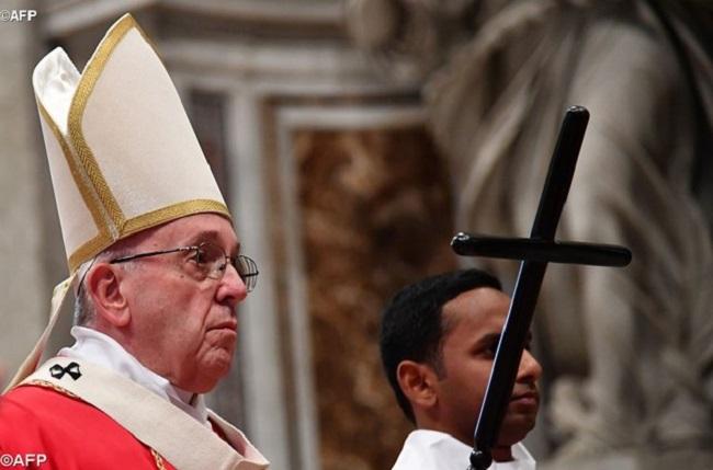 Papa reflete sobre a relação entre a morte e a esperança