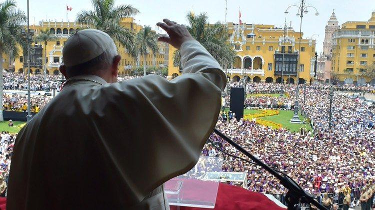 """Angelus com o Papa no Peru: não se pode """"photoshopear"""" o coração"""