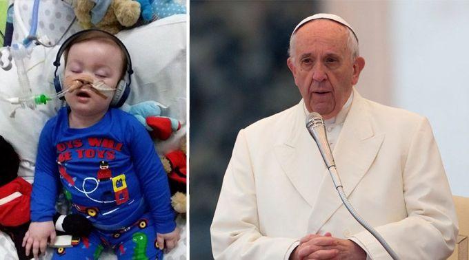 Papa pede escutar o profundo sofrimento dos pais de Alfie Evans