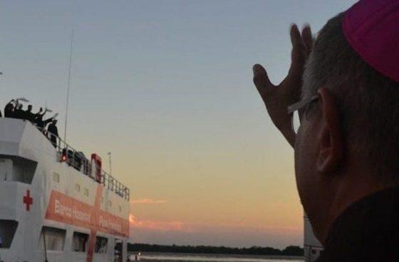 """Barco-Hospital Papa Francisco: """"estamos diante de um milagre"""", afirma Dom Bernardo"""