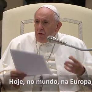 """O Papa: os cristãos são perseguidos com """"luvas de pelica"""", deixados de lado, marginalizados"""