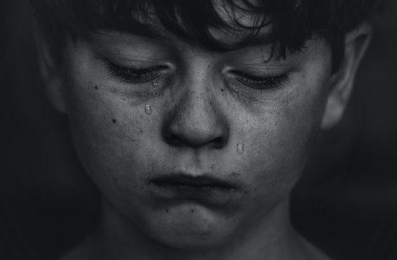 Por que as crianças sofrem?